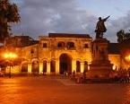 Parque Colon, Santo Domingo Colonial Zone