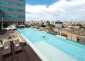 JW Marriott Santo Domingo pool